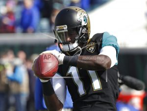 The Latest: Jaguars lead Bills 10-3 after 3rd quarter