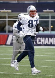 Gronk: Belichick knows to how help Pats avoid distractions