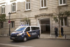 Catalan separatists argue in court for their release