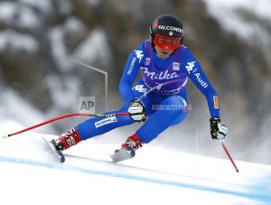 Major mistake costs Vonn a victory in Cortina downhill