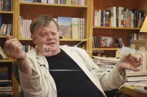 MPR releases more details of allegations against Keillor