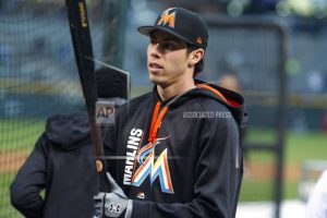 Marlins' Yelich traded to Brewers for 4 prospects
