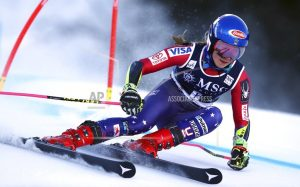Worley leads WCup giant slalom; Shiffrin 5th after 1st run