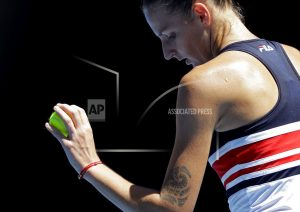 Sharapova, Kerber and Djokovic into 2nd round in Australia