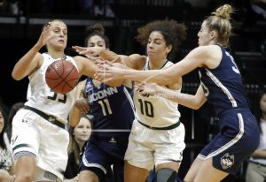 Rutgers back in AP women's hoops poll; UConn still No. 1