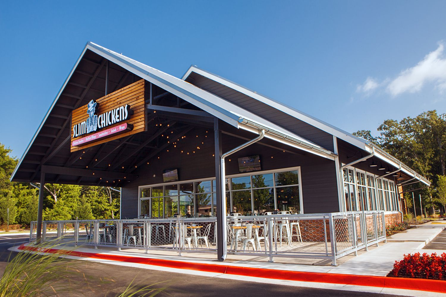 Slim Chickens Takes Flight, Signs Large Development Agreement with Boparan Restaurant Group in the British Isles