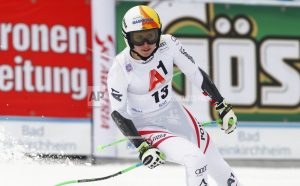 Brignone beats Gut to win World Cup super-G; Vonn 9th