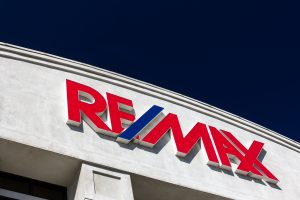 RE/MAX of Hot Springs Village Nominated for Chamber Business of the Year; Susie Burns and RE/MAX Property Management Also Tapped for Excellence Awards