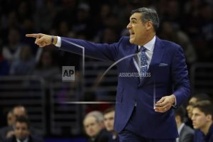 Booth scores 21, No. 1 Villanova routs No. 10 Xavier 89-65