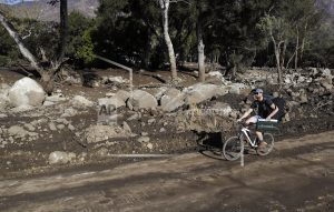 Frustrations, tragedy mount for California mudslide town