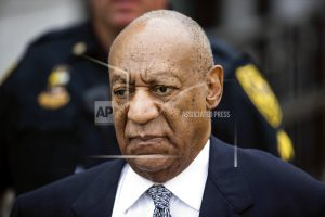 Cosby jokes in 1st show since 2015 he 'used to be' comedian