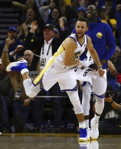 Warriors' Stephen Curry ruled out after re-injuring ankle