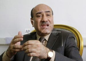 Egypt's former top auditor injured in brawl outside his home