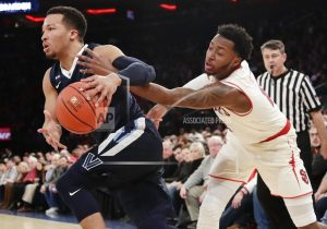 No. 1 Villanova holds off Ponds, St. John's in 78-71 win