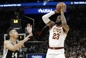 LeBron James becomes seventh to reach 30,000 career points