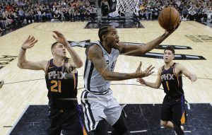 Kawhi Leonard has partial tear in left shoulder