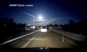 Meteor?: Bright light, loud noise rattle Michigan residents
