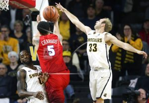 Milton scores 33, lifts SMU over No. 7 Wichita State 83-78