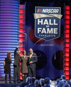 Ken Squier becomes 1st broadcaster to make NASCAR Hall