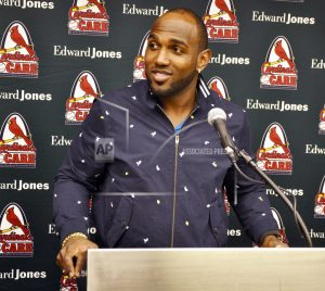 Ozuna excited to join playoff contender in St. Louis