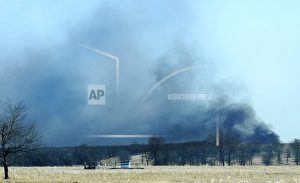 Officials: 5 missing, fire out after Oklahoma rig explosion