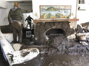 Hundreds search for victims of California mudslide