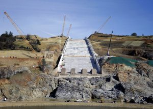 California city sues state over Oroville Dam crisis in 2017