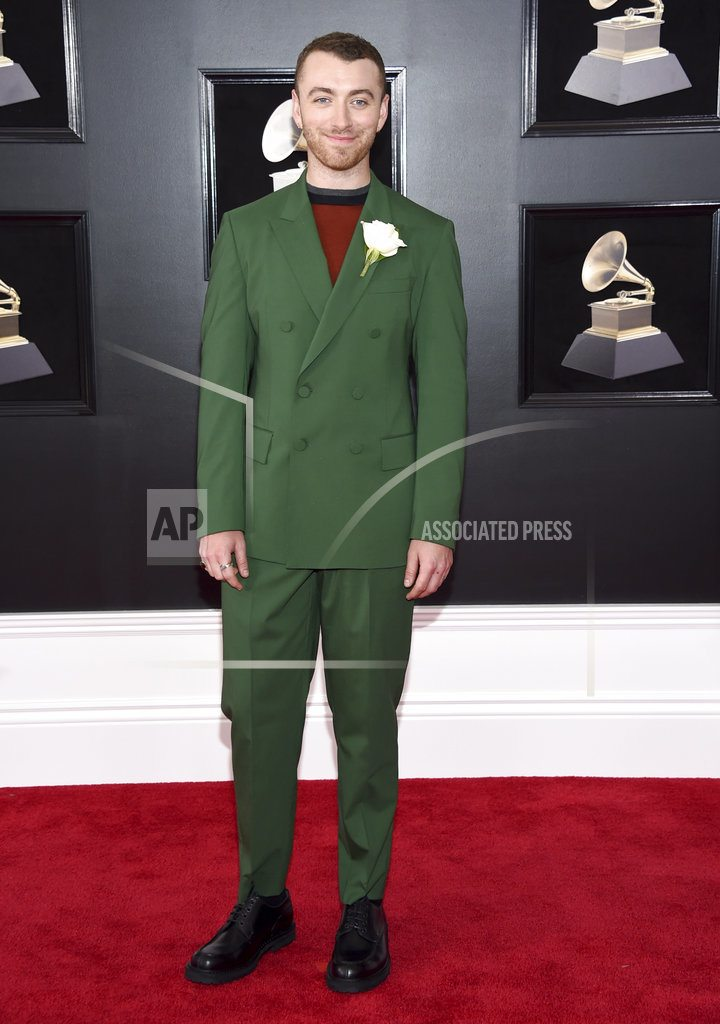 Grammy Awards serve up white roses and more subdued fashion