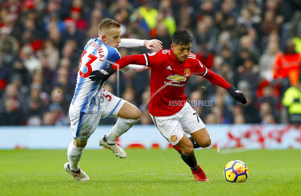 Man U manager Mourinho says atmosphere quiet at Old Trafford