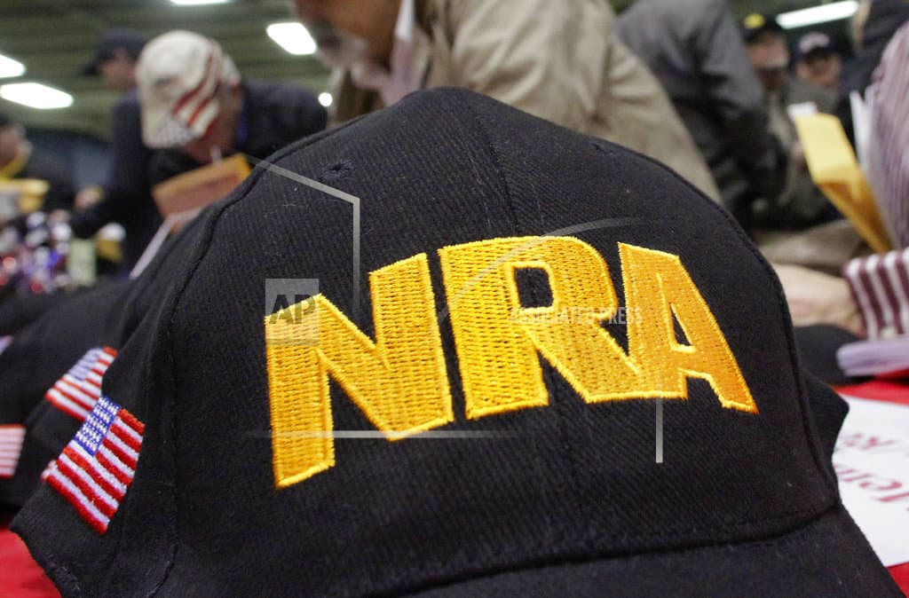 US companies distance themselves from NRA as pressure mounts