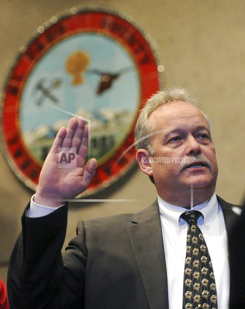 Suit: Colorado sheriff's policy violates immigrant rights