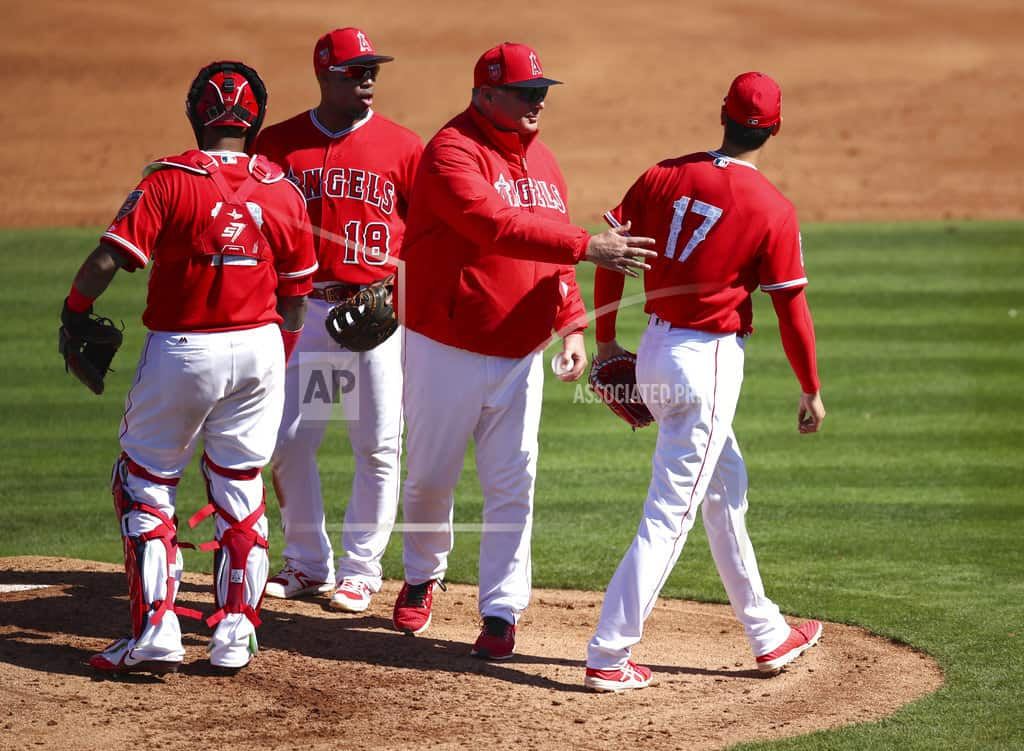 Spring training roundup: Ohtani pulled early in Angels debut