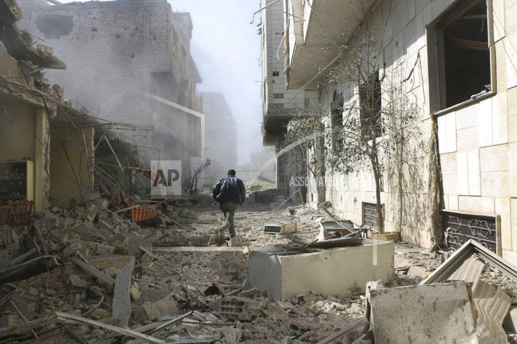 More deaths in Syria bombing campaign near Damascus