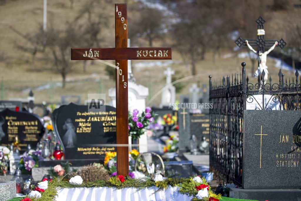 Slovak investigators examine threats against slain reporter