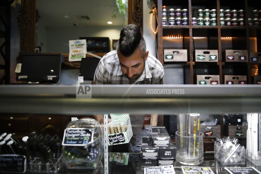 California pot shops decry online ads for illegal sellers