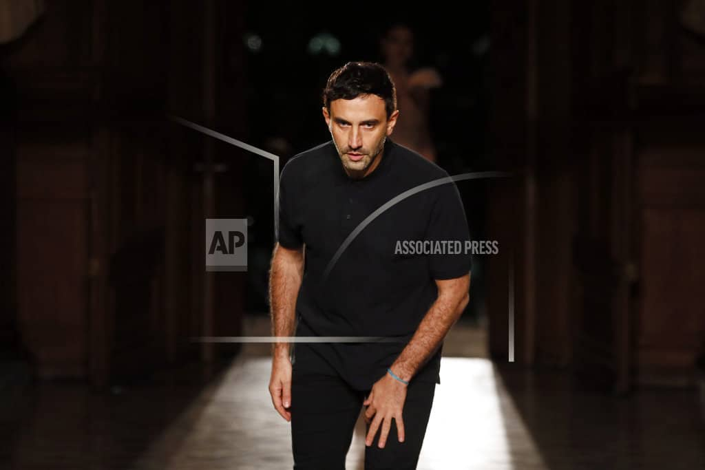 Riccardo Tisci to replace Christopher Bailey at Burberry