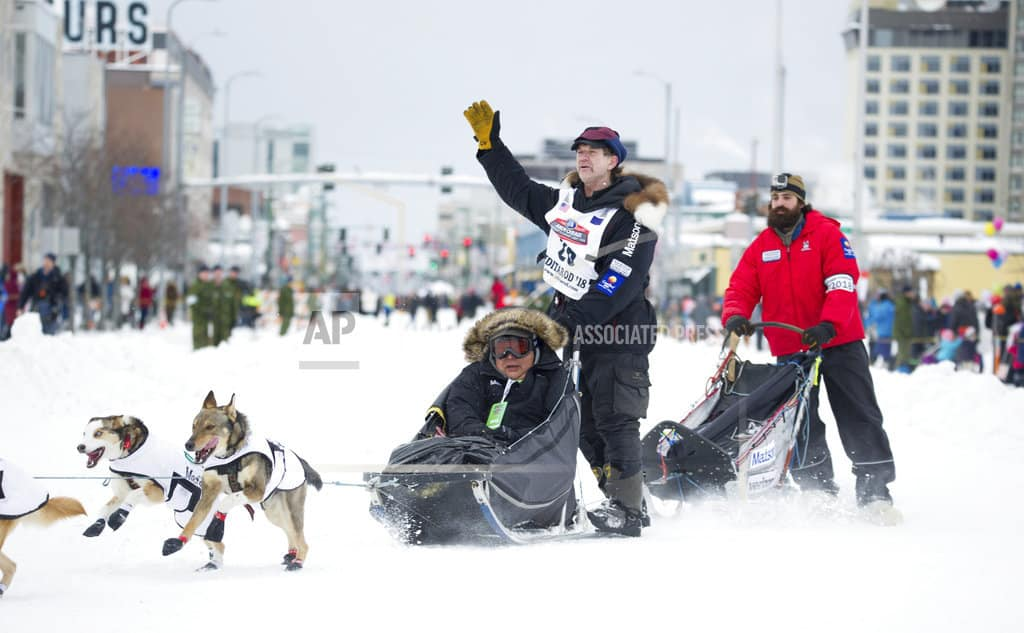 Mushers focus on trail ahead as Alaska's Iditarod kicks off