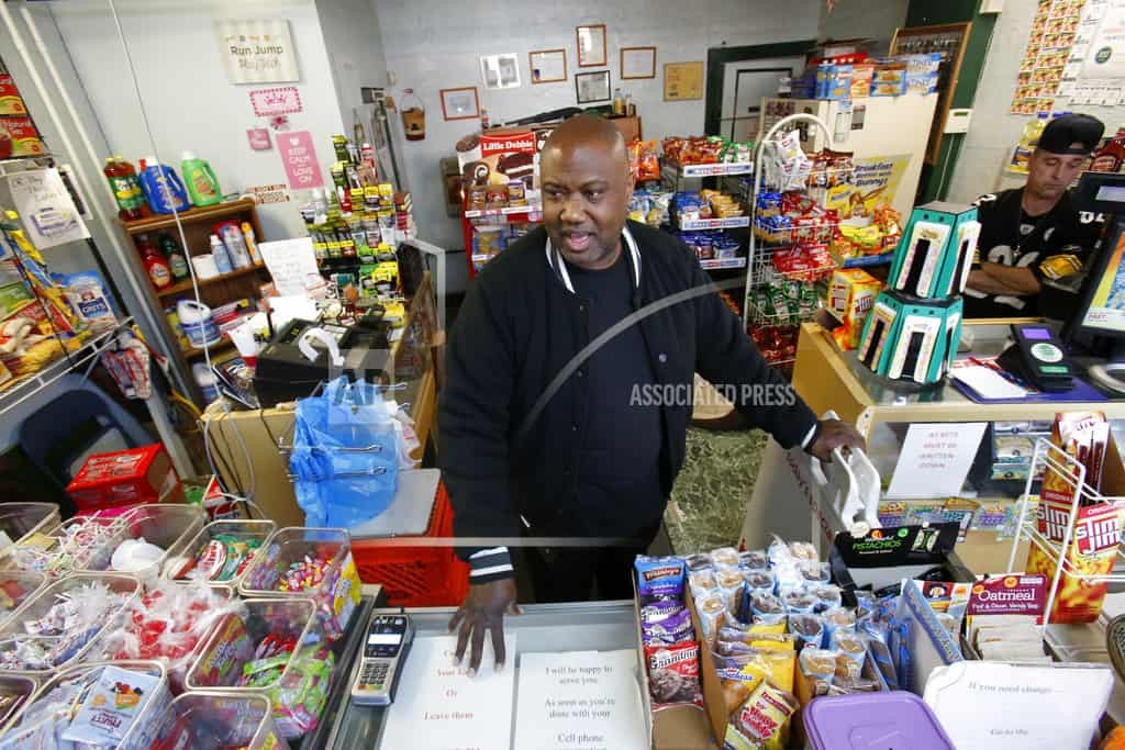 Food stamp administrators worry about food box proposal