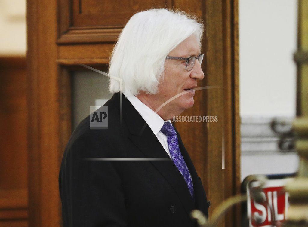 NORRISTOWN, Pa.| The Latest: Janice Dickinson tells jury Cosby raped her