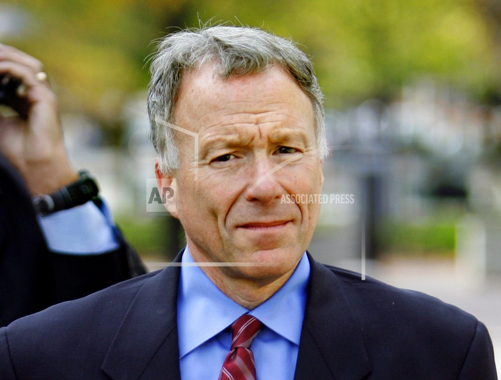 WASHINGTON | Trump pardons Scooter Libby, says he was 'treated unfairly'