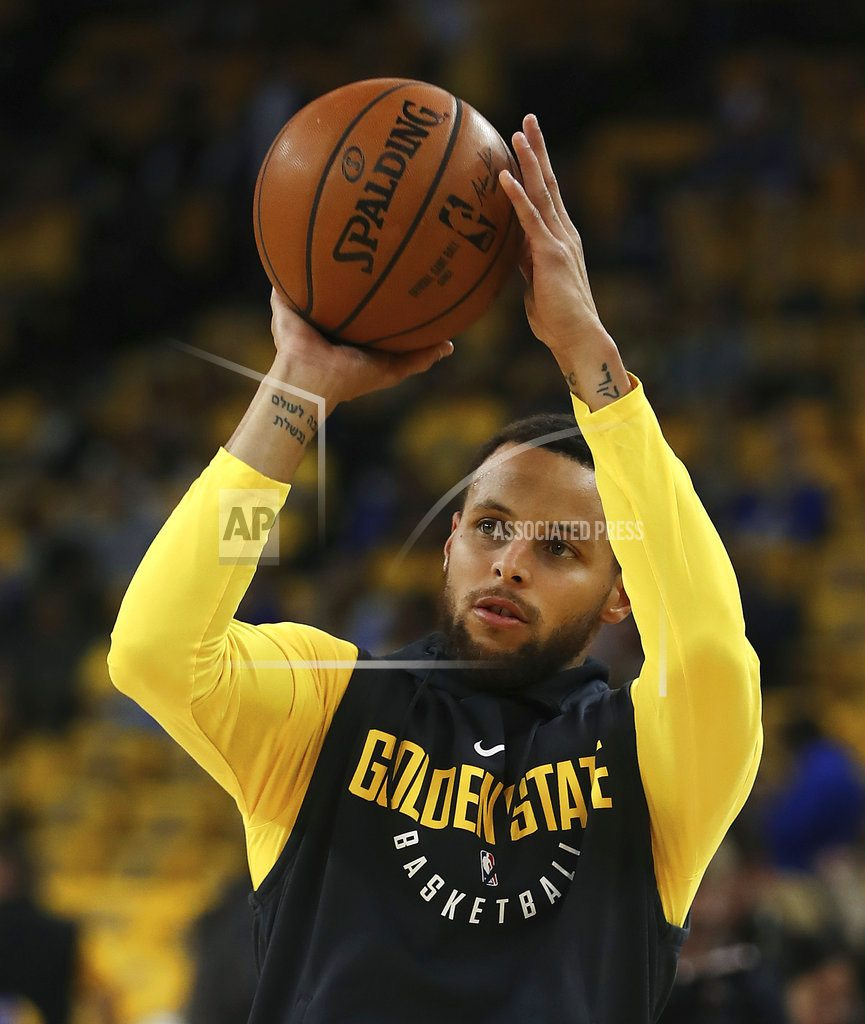 OAKLAND, Calif   Stephen Curry back in full practice mode for Warriors
