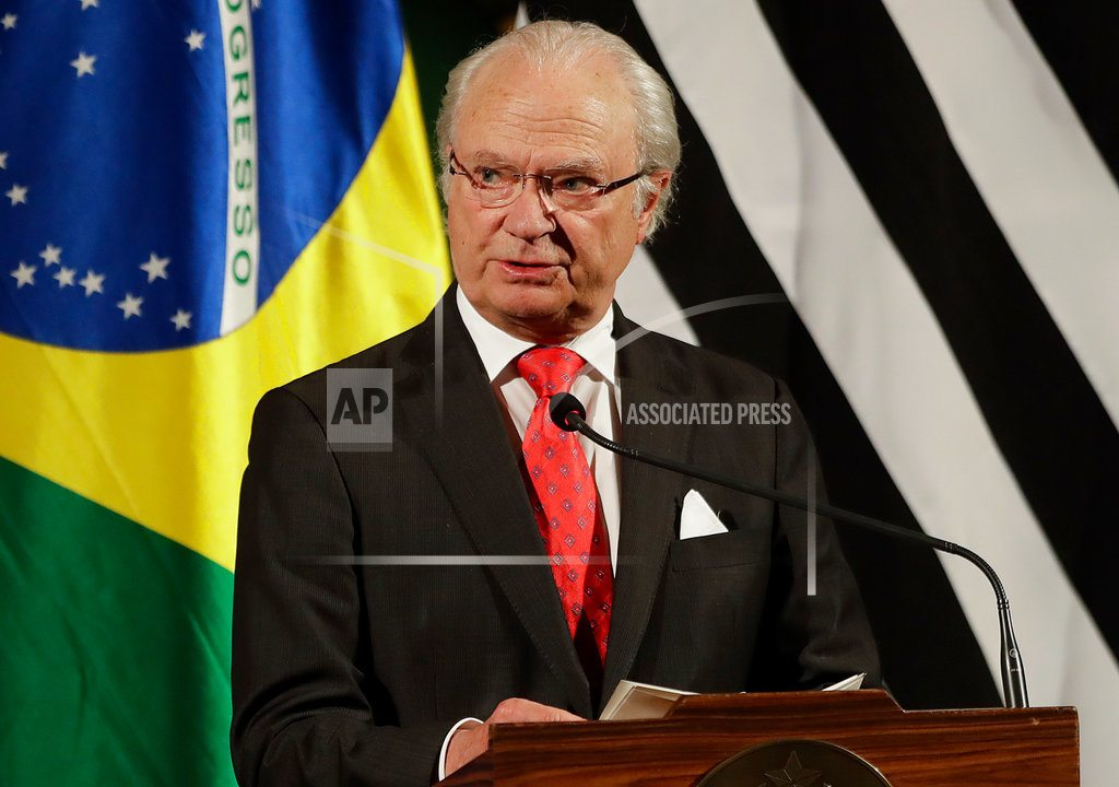 STOCKHOLM | Sweden's king wants to change the statutes of the Swedish Academy, which awards the Nobel Literature Prize each year, to allow its life-appointed board members to resign