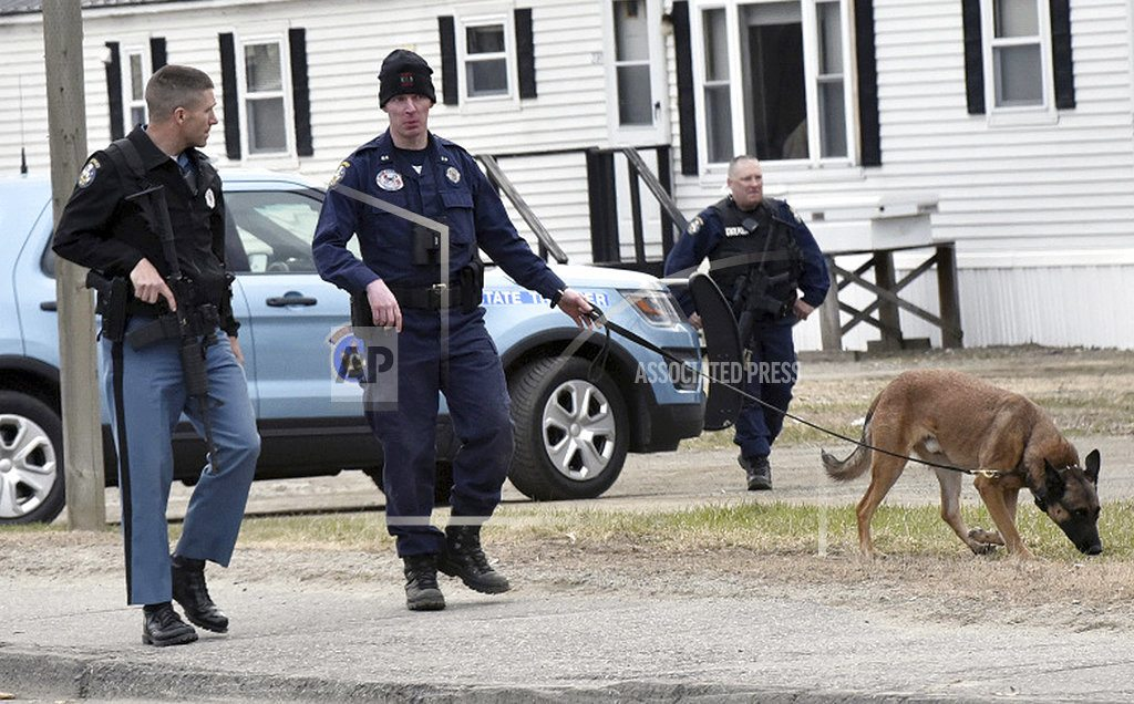 NORRIDGEWOCK, Maine | The Latest: Sheriff to suspect: 'Turn yourself in'