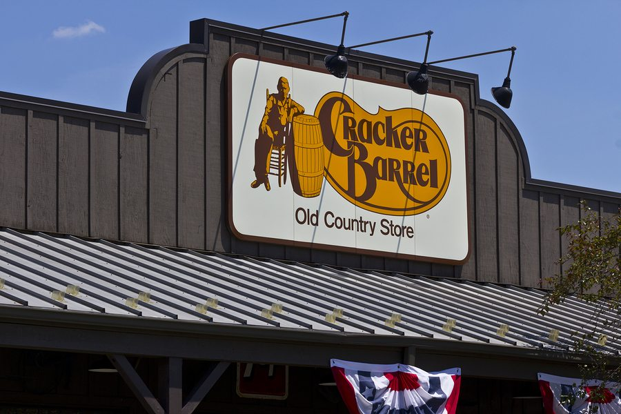 Cracker Barrel Old Country Store® Donates Meals to 4,000 Military Family Members this Easter