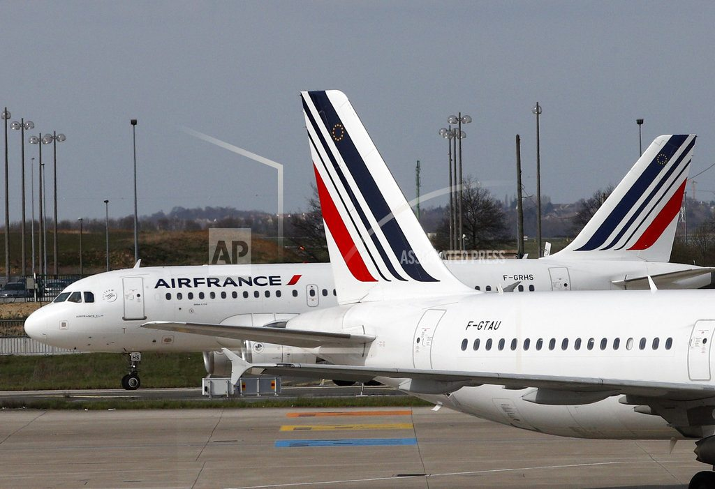 PARIS | Air France workers hold firm on pay demands amid new strikes
