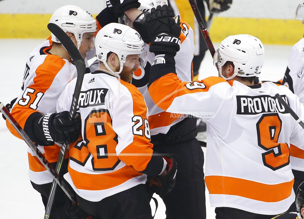 PITTSBURGH | Courtier scores late, Flyers edge Penguins to force Game 6