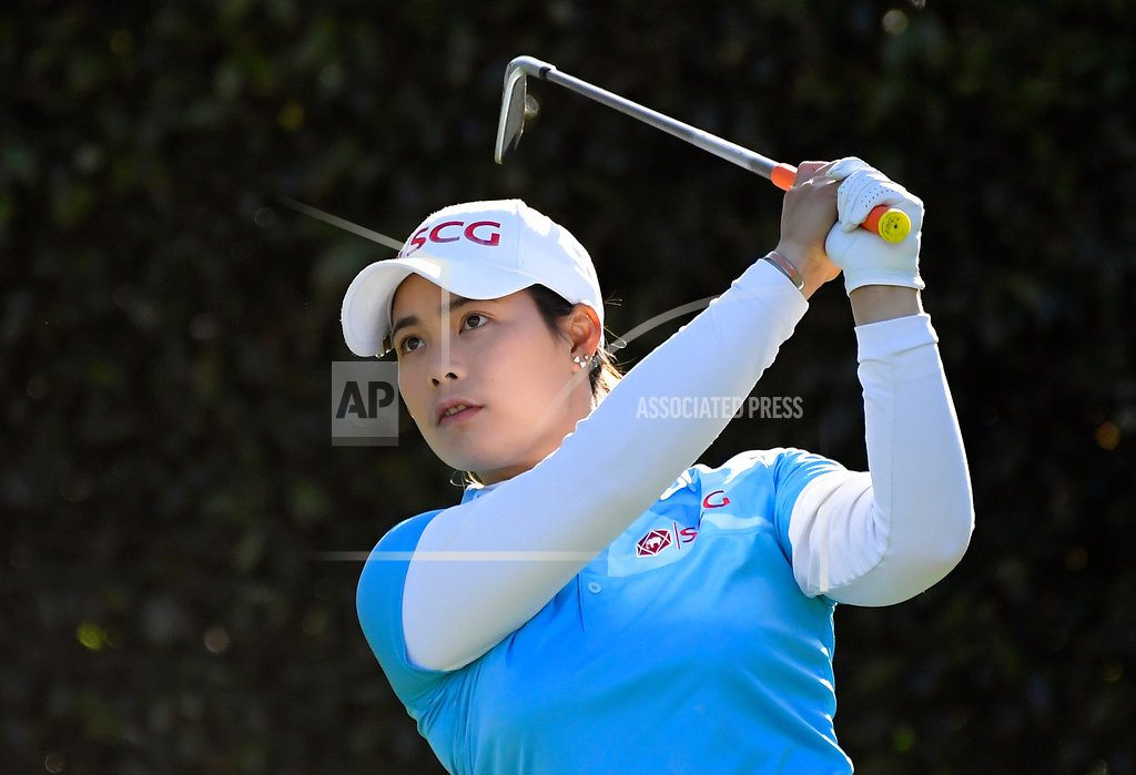 LOS ANGELES| Moriya Jutanugarn shoots 66, leads by 1 shot in Los Angeles