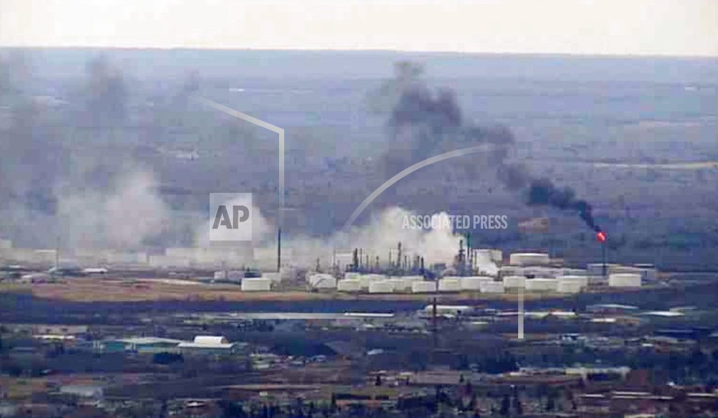 Smoky fire that forced evacuations out at Wisconsin refinery