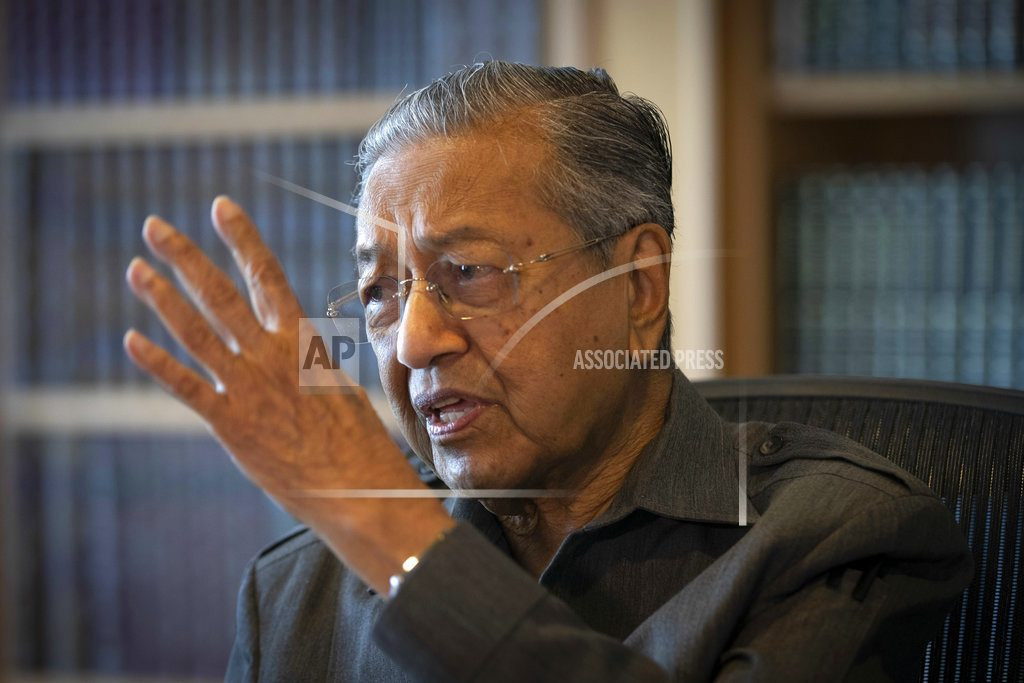 PUTRAJAYA, Malaysia | Mahathir says opposition can win with growing Malay support
