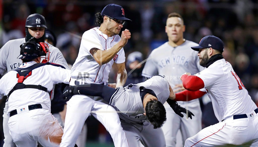 BOSTON   Beantown Brawl! Yankees fight to 10-7 win over Red Sox